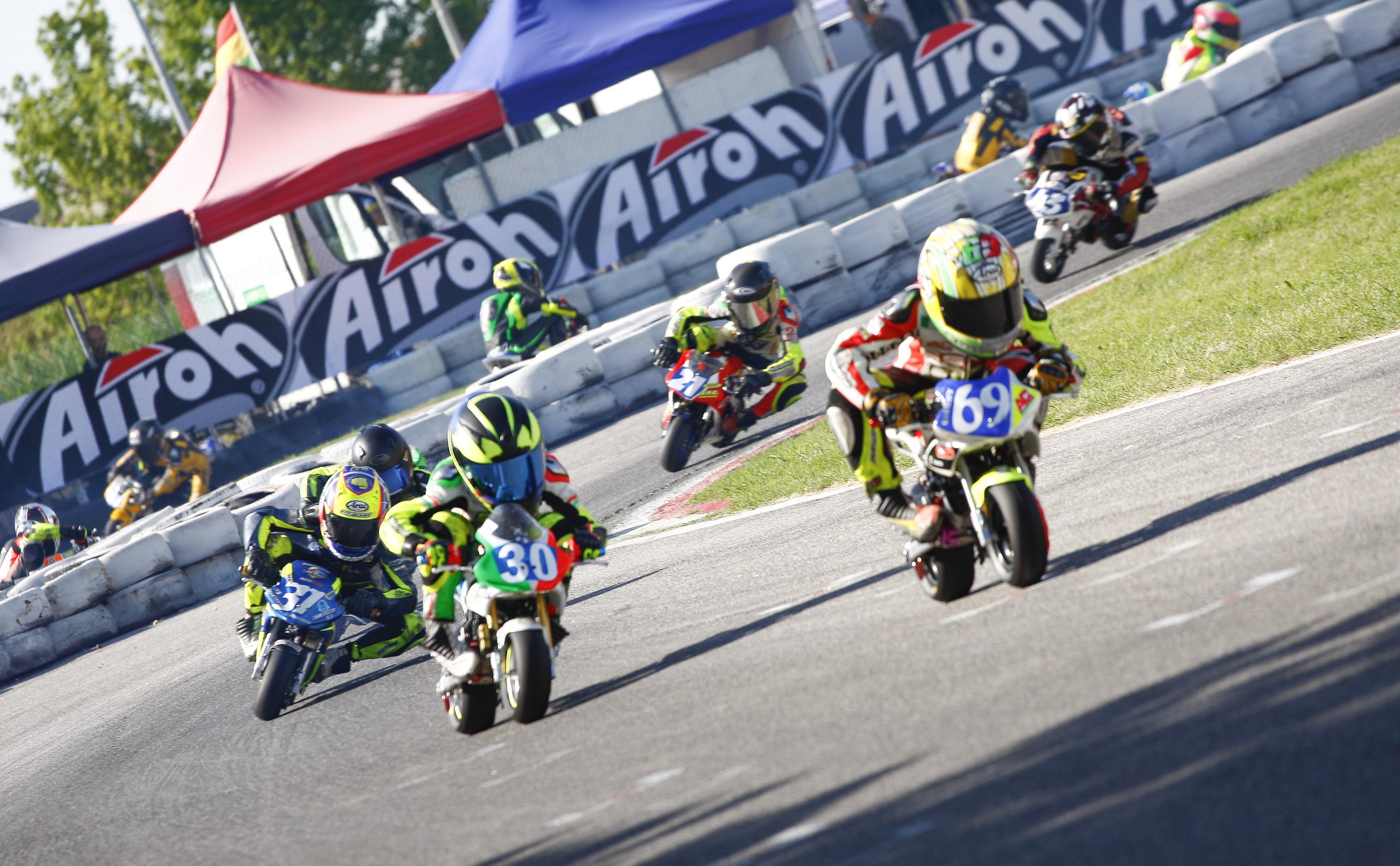 Autodromo Varano Calendario 2020.Federmoto